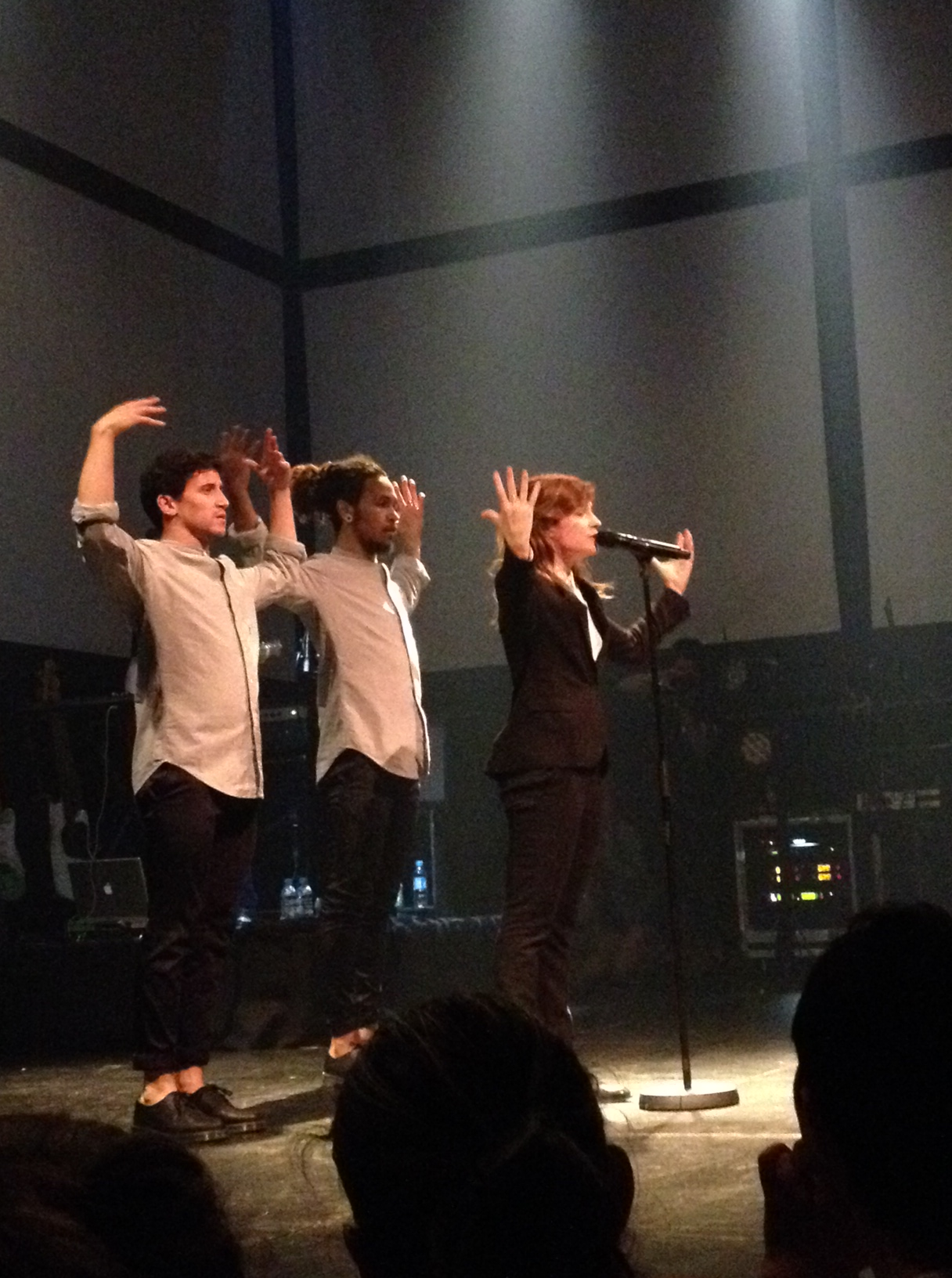 CHRISTINE & THE QUEENS - Queen of Pop. - Page 6 Christine-and-the-queens4